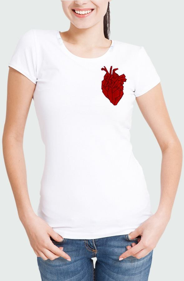 Women T-shirt Heart Beating Model