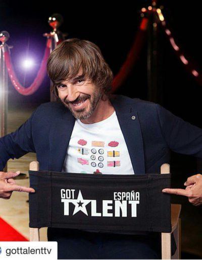 Santi Millán with LeFugu T-shirt